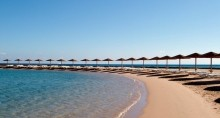 banner_beach.jpg - Pyramids and Red Sea