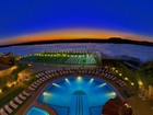 lux-pool_and_pontoon_by_night-2 web.jpg